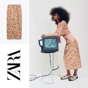 ZARA   NWT Midi Skirt Size S